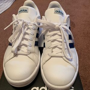 ADIDAS WOMENS GRAND COURT - WHITE and BLUE